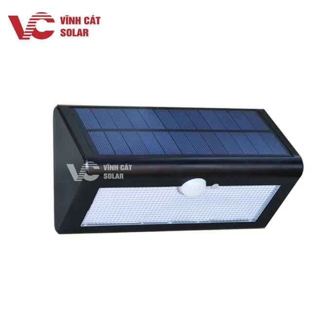 đèn sân vường năng lượng mặt trời 20w